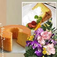 送料無料!誕生花アレンジメント&もちもちふわふわ優しい「米粉のシフォンケーキ」