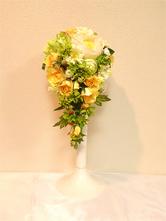 キャスケードブーケ (ブートニア付き) アーティフィシャルフラワー(幅22cm×奥25cm×高70cm)