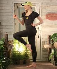 【着るエステ!美肌にも!】【送料無料】 【運動や食事療法のサポートにパジャマにも!】  パンプ半袖・レディスガードルセット