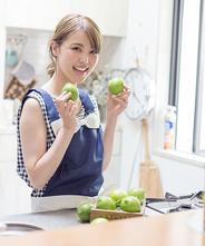国産グリーンレモン 約1kg 8〜9玉入り 【 減農薬ハウス栽培】